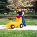 LITTLE TIKES CHODZIK 172311